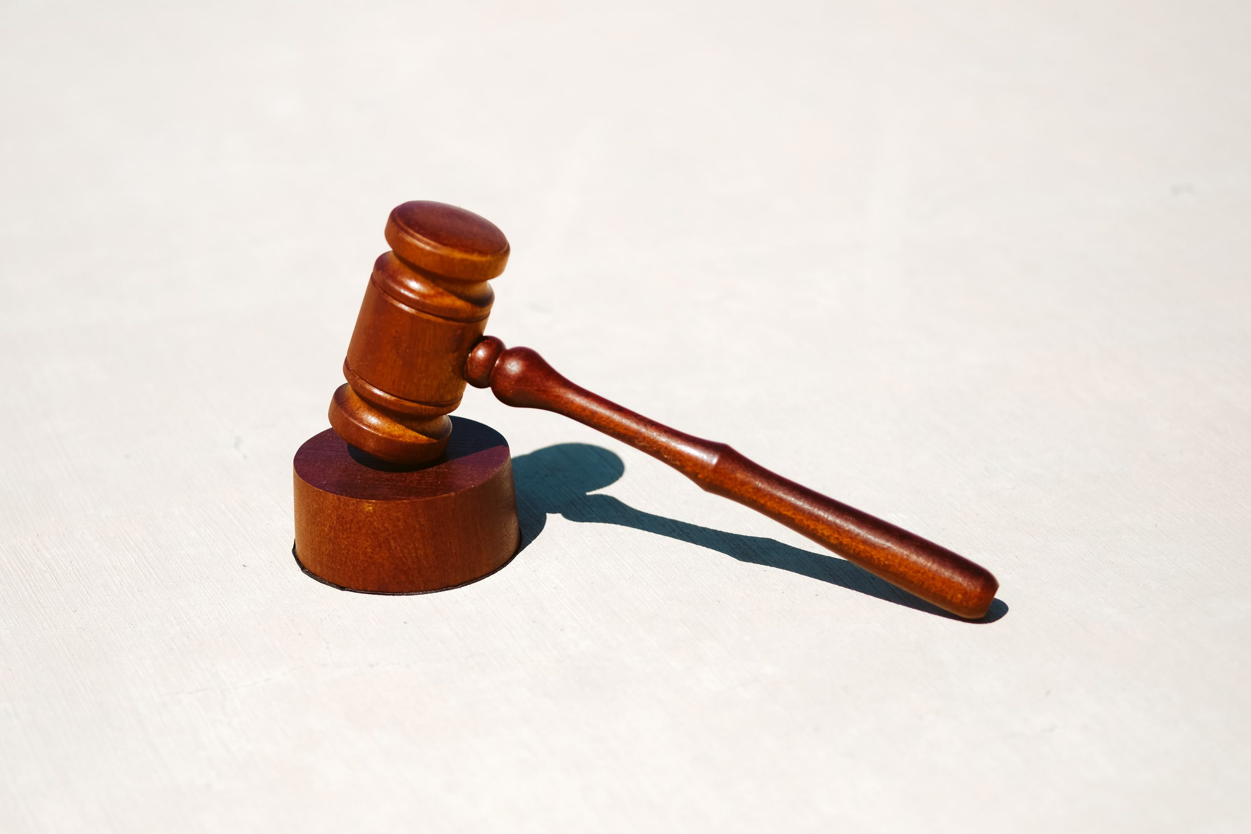 gavel placed upright